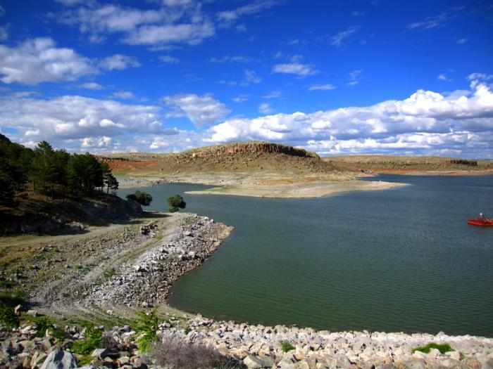 Mamasin Barajı