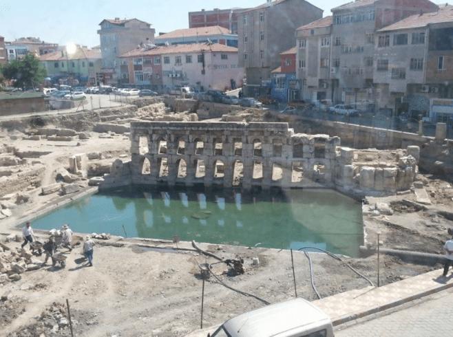 Basilica Therma Hikayesi - Basilica Therma